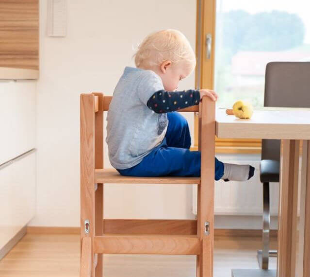 stolček za hranjenje mali