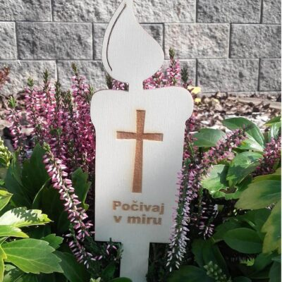 Lesena sveča počivaj v miru