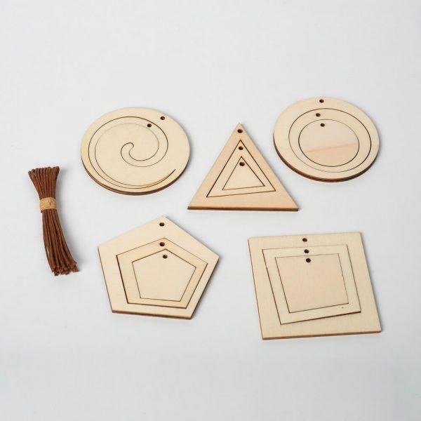 Leseni okraski za jelko
